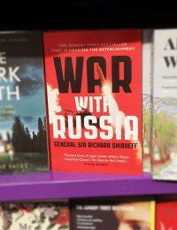 """War with Russia"", bok, 13 maj 2019. Foto: NewsVoice.se"