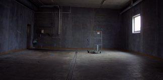 Abandoned building. Foto: Rene Asmussen.Licens: Pexels.com (free use)