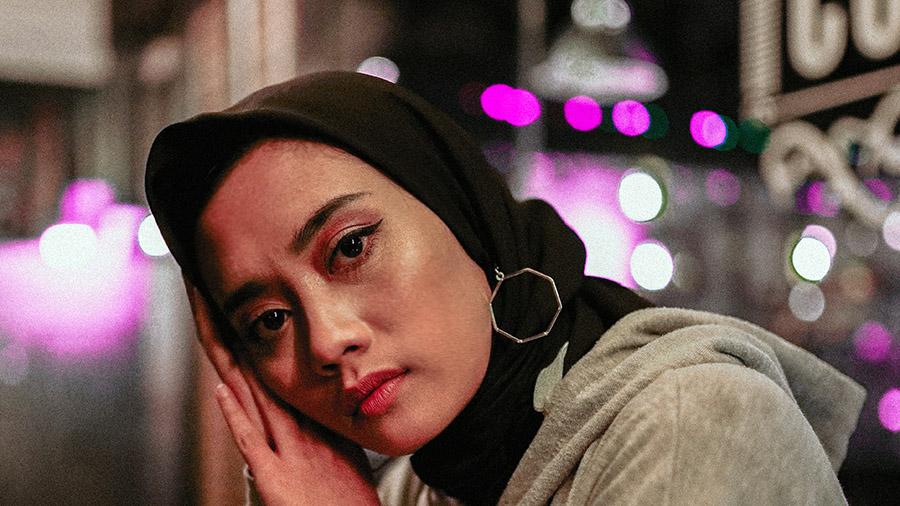 Muslimsk kvinna (har inget med artikeln att göra). Foto: Ikhsan Sugiarto.