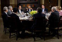 En arbetsmiddag mellan företrädarna för G8-länderna den 18 maj 2012 på den tiden Ryssland var med. G8 Summit på Camp David. Foto (beskuret): Pete Souza.