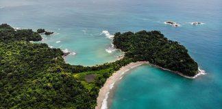 Playa Escondilla och Playa Manuel Antonio i Costa Rica. Foto: Atanas Malamov.Licens: Unsplash.com (free use)
