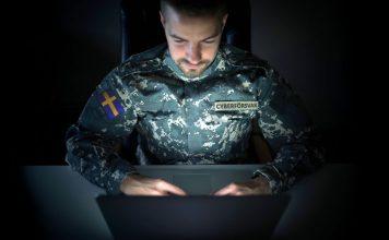 "Temabild: ""Cyberförsvaret"". Montage: NewsVoice. Foto: Shutterstock.com"