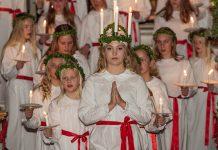 Luciafirande i Vaxholms kyrka 2017. Foto: Bengt Nyman. Licens: CC BY 2.0, Wikimedia Commons.