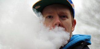 Bild: E-cigarett. Foto: Kevin. Licens: Pixabay