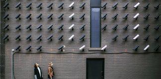 Övervakning och integritet. Foto: Burst.shopify.com. Licens: Pexels.com