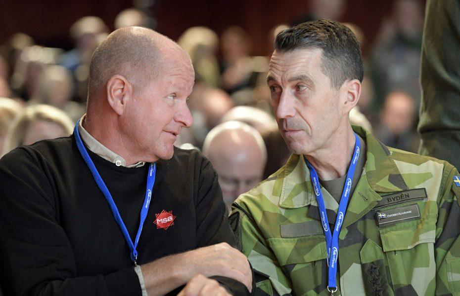 Myndigheten för samhällsskydd och beredskaps generaldirektör Dan Eliasson och överbefälhavare Micael Bydén vid Folk och Försvars Rikskonferens 2020.