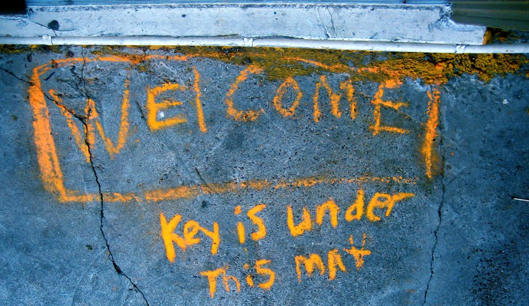 Welcome. Foto: Alborz Shawn. Licens: CC BY 2.0, Flickr.com