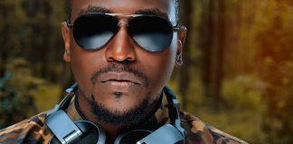 Musikterapi. Foto: Mustapha Kasule. Licens: Unsplash.com