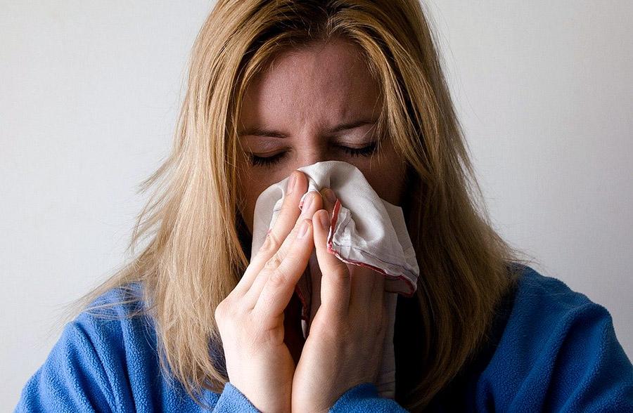 Snuva, influensa, allergi. Foto: Mojca JJ. Licens: Pixabay.com