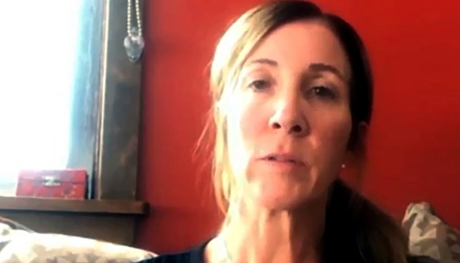 Lisa Merck berättar om Covid19symptom. Foto: eget arbete