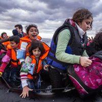 Migranter vid den grekiska ön Lesbos. Licens: Shutterstock.com
