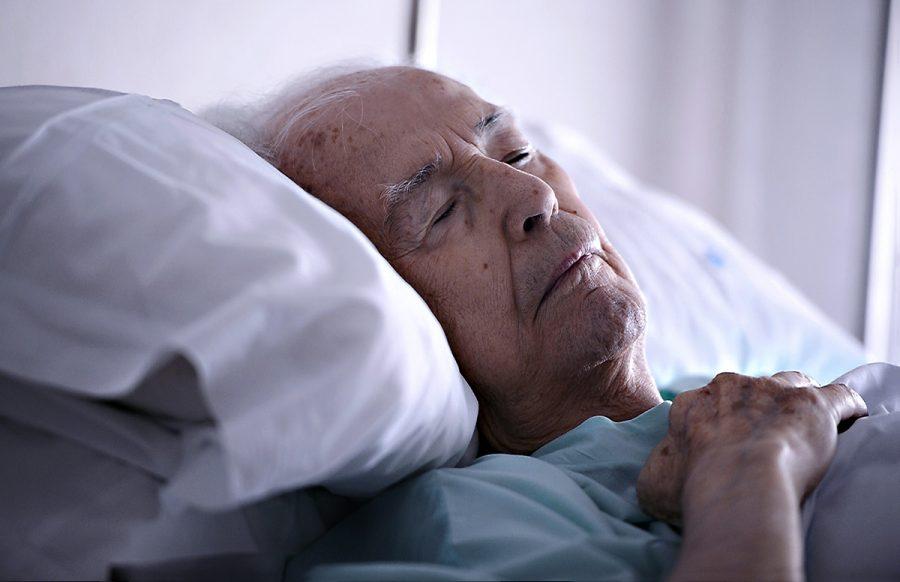 Äldre patient på sjukhus. Foto: Shutterstock.com