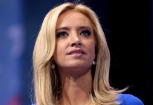 Vita Husets pressekreterare Kayleigh McEnany (2020). Foto: Gage Skidmore. Licens: CC BY-SA 3.0, Wikimedia Commons