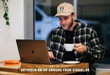 Man with laptop. Foto: Kalvisuals.com. Licens: Unsplash.com