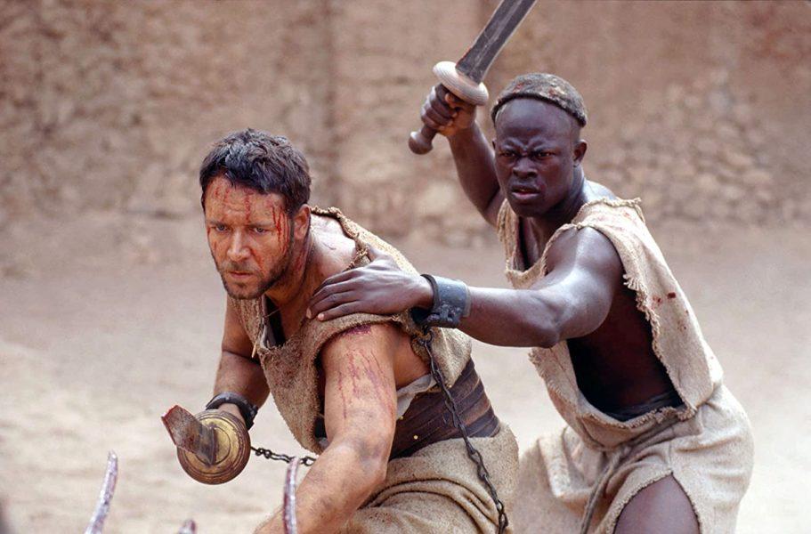 Russel Crowe och Djimon Hounsou i filmen Gladiator, 2000. Foto: DreamWorks.com