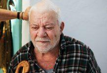 Elderly person, sjukhus. Foto: Thomas Summer. Licens: Unsplash.com