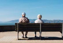 Old people. Foto: Matthew Bennett. Licens: Unsplash.com