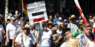 Demonstrationer 1 maj 2020, Berlin. Foto: imengine.public.mhm.infomaker.io