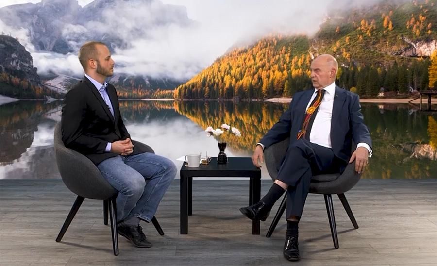 Jesper Johansson och Professor Björn Hammarskjöld. Foto: Jesper Johansson