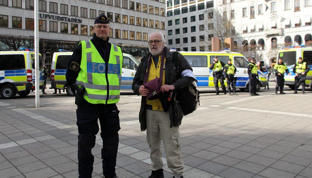 Polisen Mats Löfving och journalisten Ingemar Ljungqvist