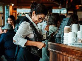 Café och restaurang. Foto: Krutarth Shah. Licens: Unsplash.com