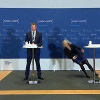 Tanja Erichsen kollapsar. Foto: dansk TV