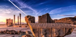 Sumererna. Persepolis, 60 km nordost om Shiraz i provinsen Fars, Iran. Foto: Morteza Yousefi. Licens: Shutterstock.com