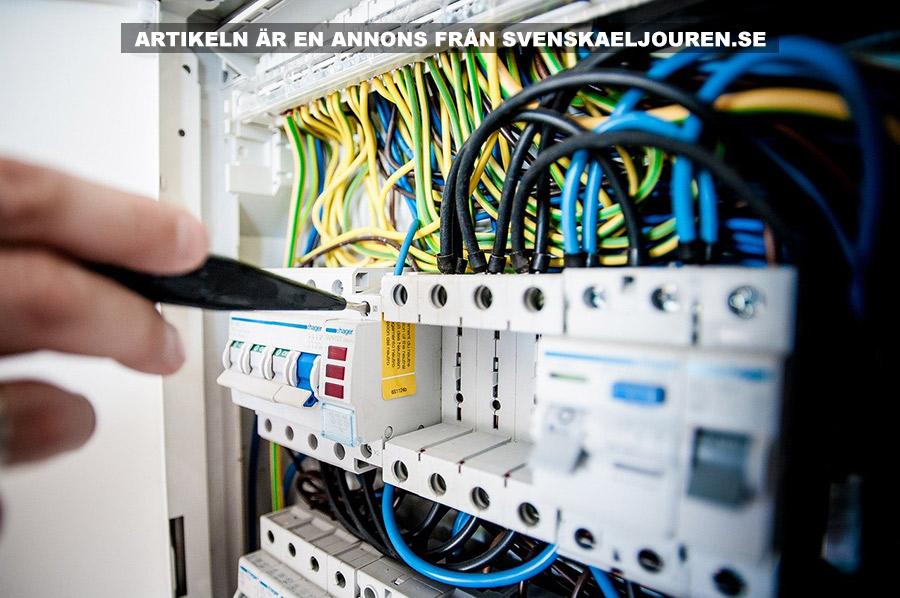 Skaffa alltid en behörig elektriker. Foto: Michal Jarmoluk. Licens: Pixabay.com
