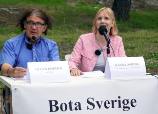 Glenn Dormer and Hanna Asberg. Photo: NewsVoice.se, Sweden