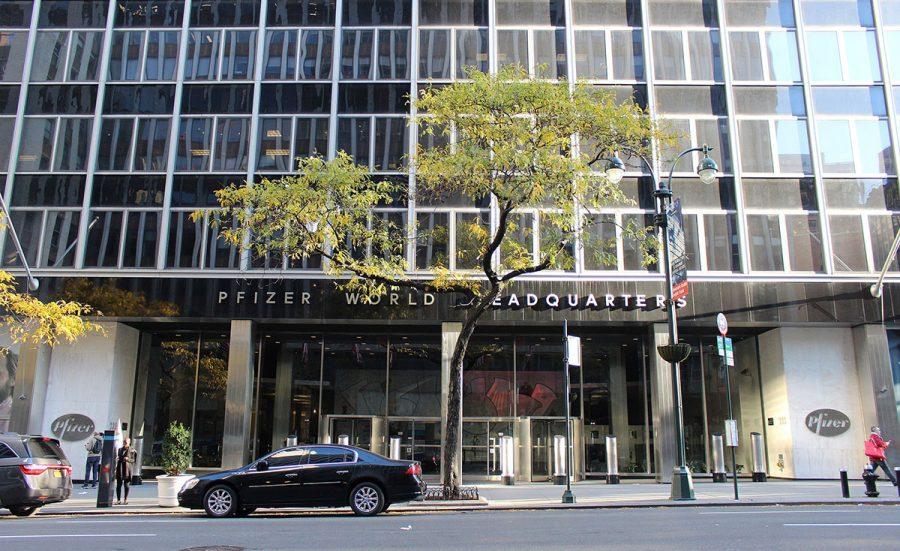 Pfizers World Headquarters, Manhattan, New York. Licens: CC BY-SA 4.0