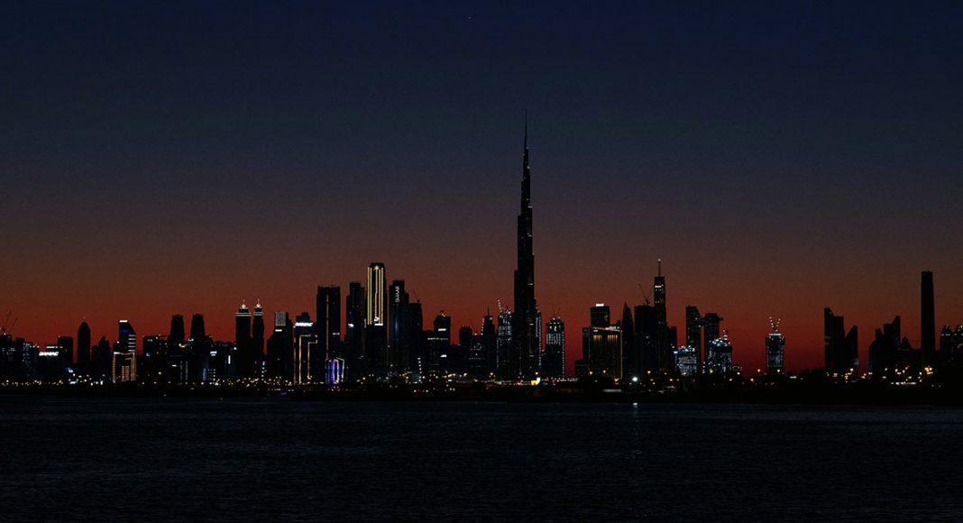 Strömavbrott i Dubai. Foto: Katsiaryna Endruszkiewicz. Licens: Unsplash.com