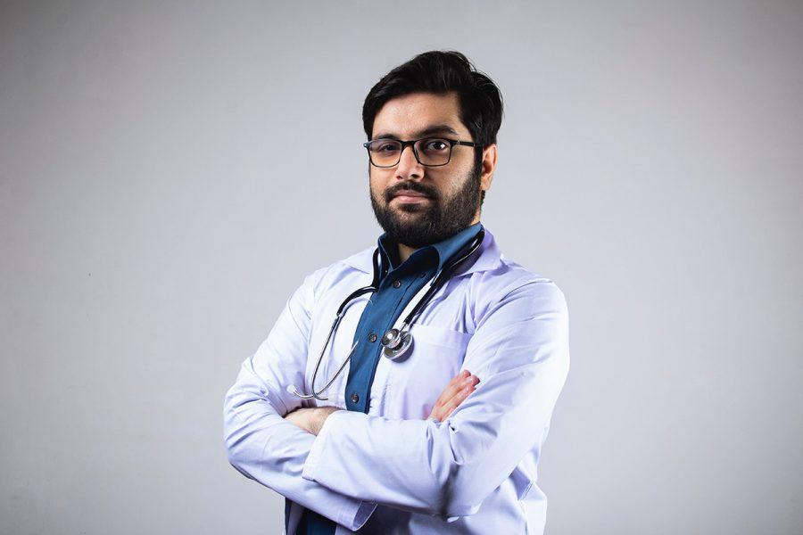 Läkare. Foto: Usman Yousaf. Licens: Unsplash.com